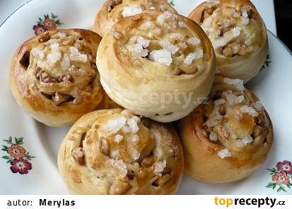 Kynuté ořechové šneky